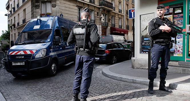 Fransa'da 3'ü Türk 4 çocuğa 11 saat gözaltı