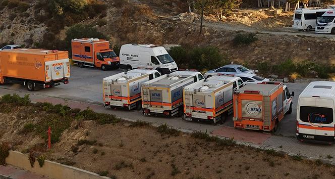 İzmir depreminin kahramanları Kuşadası'nda misafir ediliyor