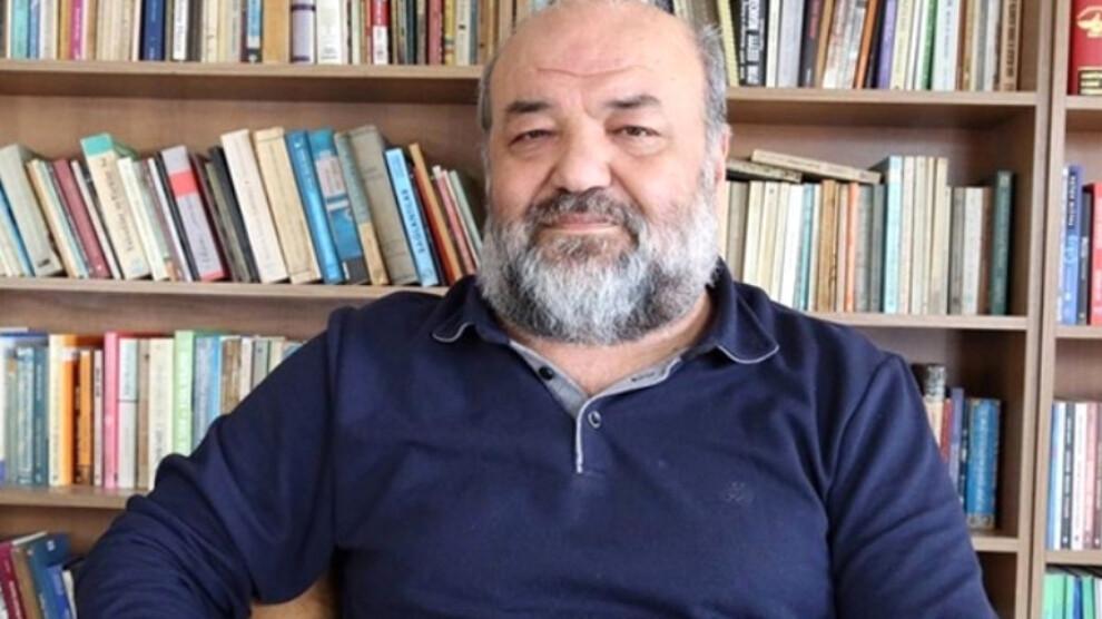 Eliaçık: Elitizm halktan kopuk 'sarayda' yaşamaktır