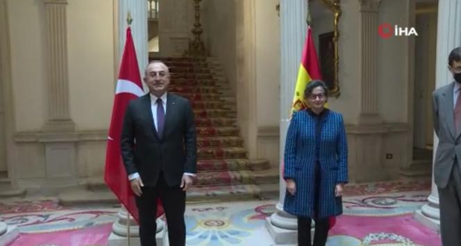 Bakan Çavuşoğlu, İspanyalı mevkidaşı Laya ile görüştü
