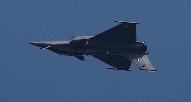 Yunanistan parlamentosundan Fransa'dan 18 Rafale tipi savaş uçağının alınmasına onay