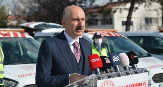 """Bakan Karaismailoğlu: """"Türkiye'nin uzun yıllar kanayan bir yarası olan trafik kazaları maalesef geçmişte çok can aldı"""