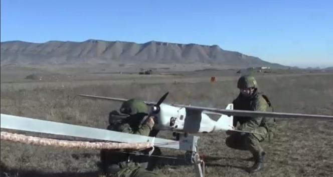 Rusya, Dağlık Karabağ'da havadan kontrollere başladı