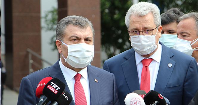 Bakan Koca: 'Genç arkadaşımız Günay'la Ahmet amcadan iyi haberlerimiz var'