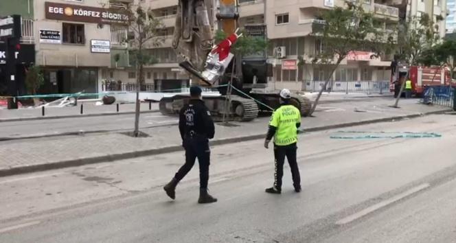 Bina yıkımlarında bayrak hassasiyeti