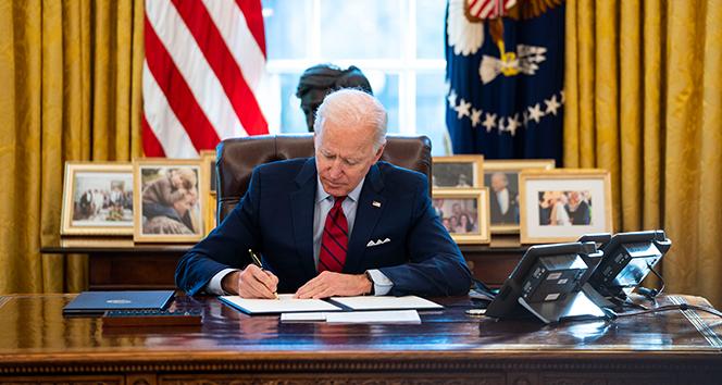 ABD Başkanı Biden 'Ekonomik Bakım Yasası' kararnamesini imzaladı