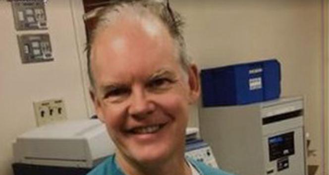 ABD'li doktor Pfizer aşısı yaptırdıktan 2 hafta sonra öldü