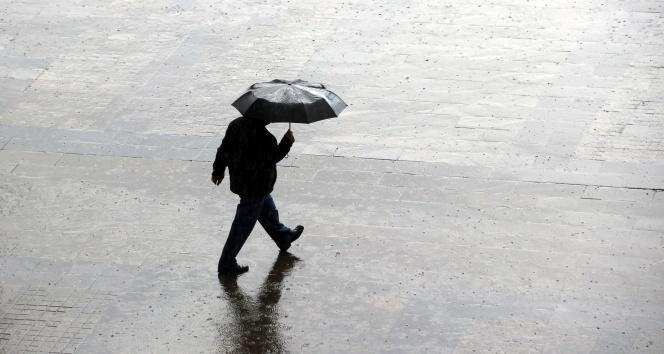 İstanbul Valiliğinden şiddetli yağış uyarısı