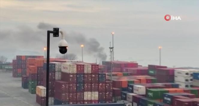 Ambarlı Limanı'ndan yükselen dumanlar merak uyandırdı