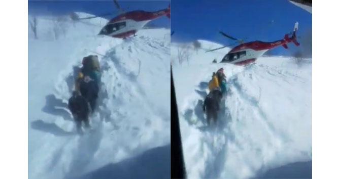 Ambulans helikopter pilotundan alkışlanacak hareket