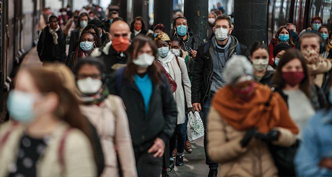 Fransa'da korona virüse bağlı can kaybı 80 bini aştı