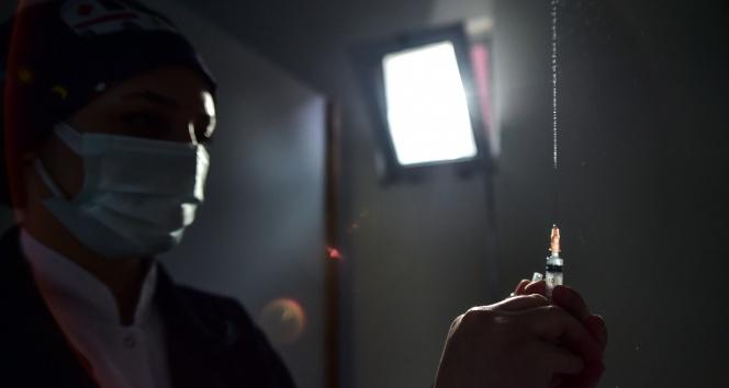 Kırgızistan'dan Rus aşısı Sputnik V için kullanım izni