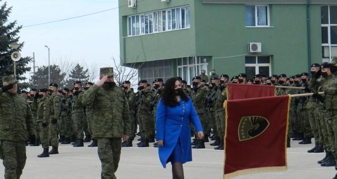 Kosova, 13'üncü bağımsızlık yıl dönümünü salgına rağmen etkinliklerle kutladı