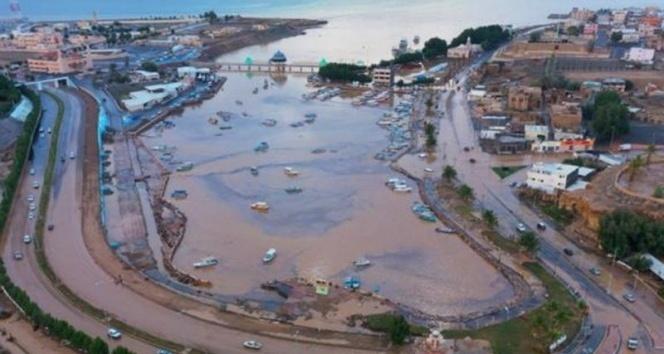 Suudi Arabistan, sel felaketi ile mücadele ediyor